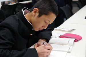 なぜ中高一貫コースでは英数を重視するのか?
